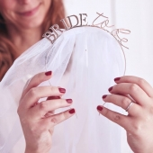 Hodebøyle med slør Bride To Be - Blush Hen